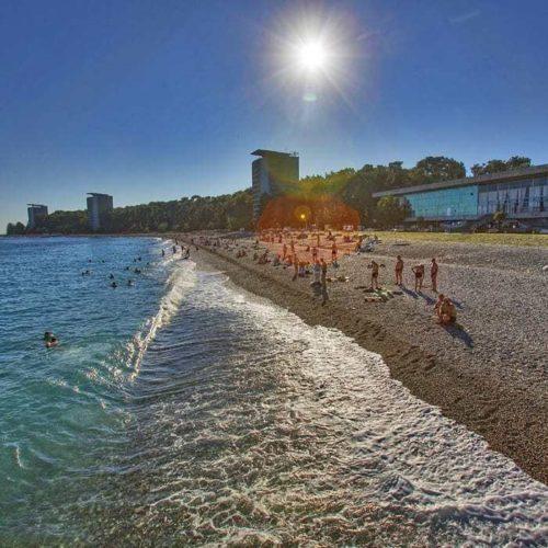 Пляжный отдых в Пицунде