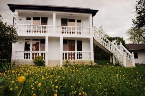 Снять дом под ключ в Абхазии