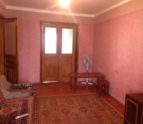 3-комнатная квартира в Гагре