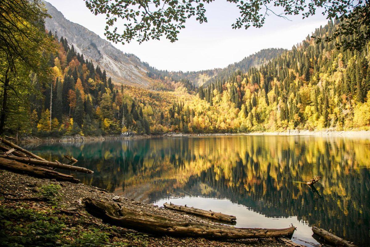 Погода в Абхазии в октябре